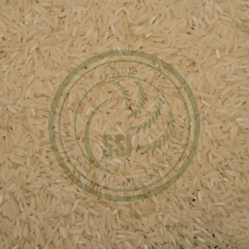pr14-raw-basmati-rice-min.png